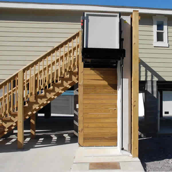Residential Wheelchair Lift : Ameriglide atlas residential vertical platform lift
